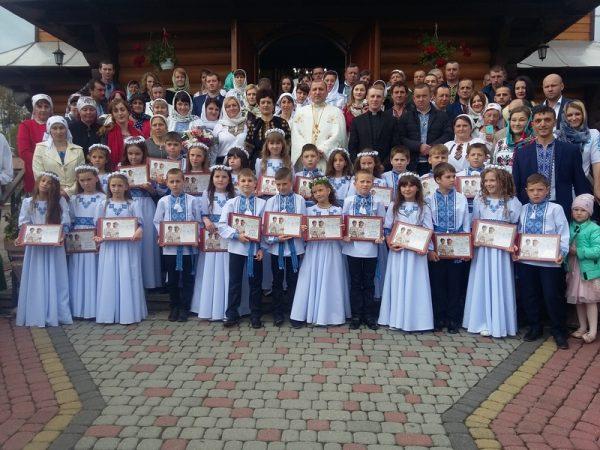 Діти с. Поляниця приступили до Першого Святого Причастя