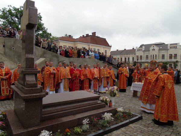 Минає сьома річниця з дня смерті владики Миколи Сімкайла