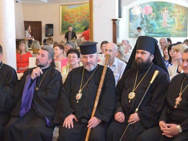 Владика Василій відвідав фестиваль творчості за участю дітей з фізичними вадами