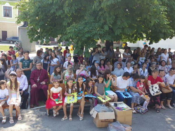 В Отинії відзначили Міжнародний день захисту дітей