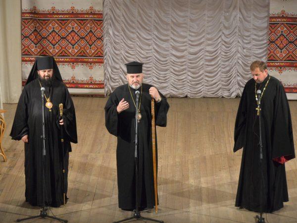 Владика Василій (Івасюк) відвідав фестиваль обдарованих дітей