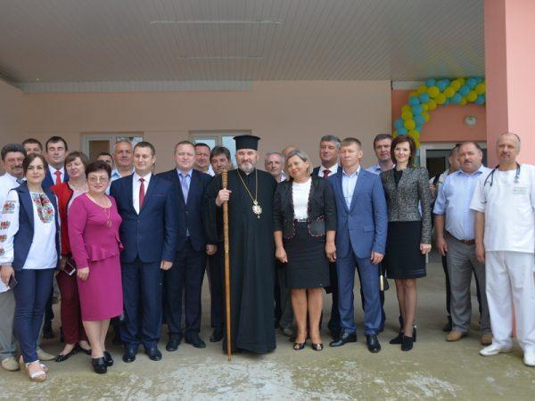 Владика Василій посвятив відділення екстреної медичної допомоги