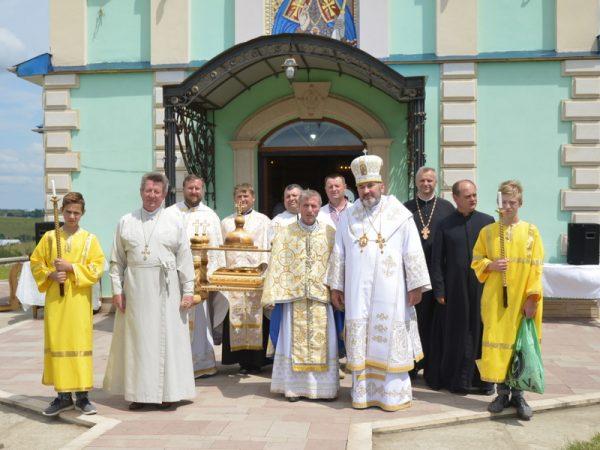Владика Василій очолив святкове богослужіння на прощі у Семаківцях