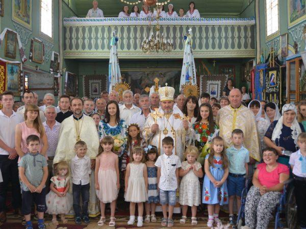 Єпископ Коломийський привітав о.м.Миколу Костюка з 25-річчям священства