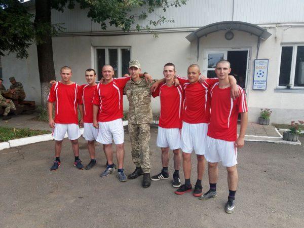 Спортивний турнір між духовенством єпархії та віськовослужбовцями