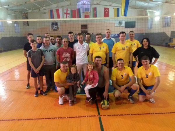 Товариський турнір з волейболу між духовенством Коломийської єпархії та рятувальниками