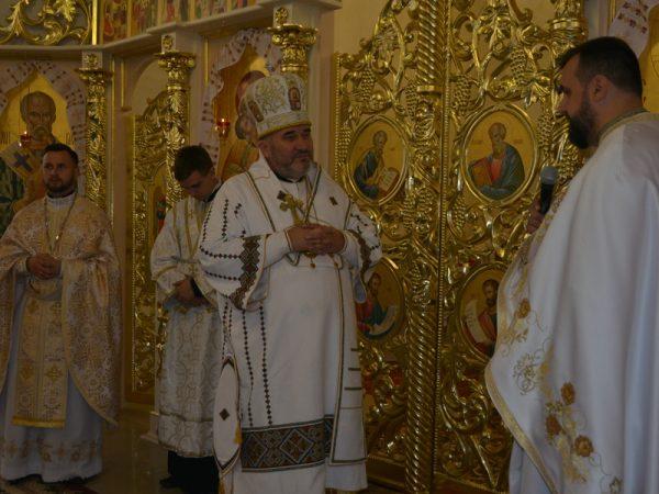 Освячення іконостасу на парафії с.Ворона