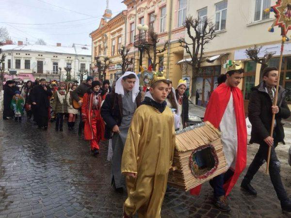 """Фестиваль вертепів """"Різдво – час Божого милосердя"""" відбувся у Коломиї"""