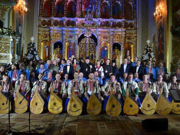 """Фестиваль коляд """"На Рождество"""" у м.Надвірна"""