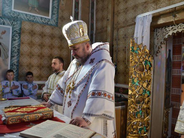 Архиєрейське богослужіння на парафії с.Спас