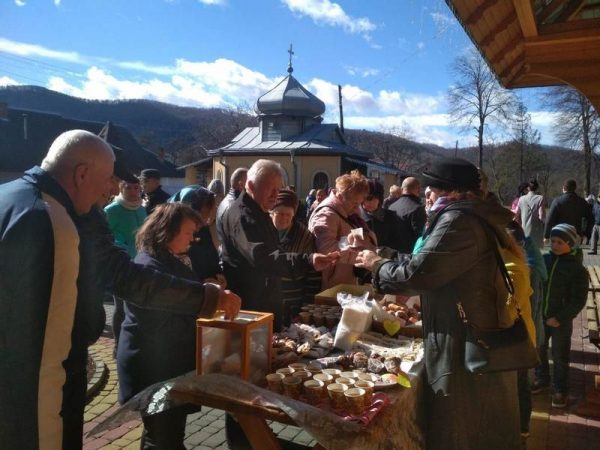 Благодійний ярмарок на парафії Косова