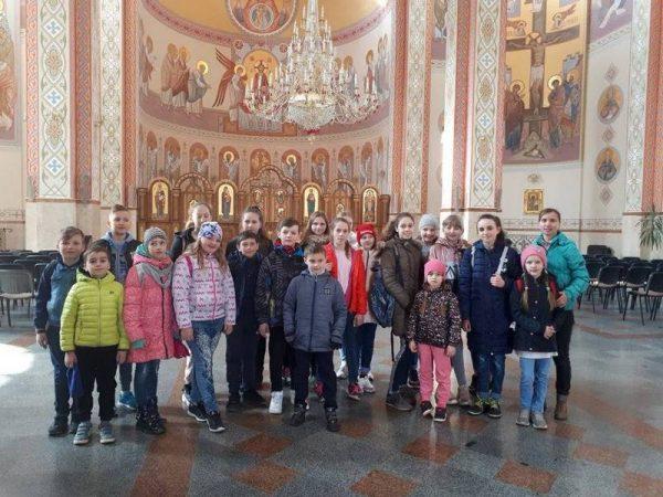 Недільна екскурсія молоді парафії м.Косів