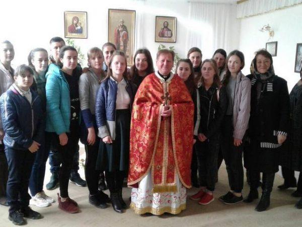 СтудентиКоломийського ліцею приготувались до Воскресіння Христового