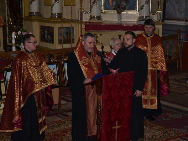 Під час Хресної дороги коломияни молилися за Україну
