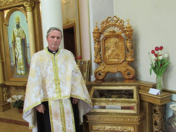 """""""Маємо багато свідчень оздоровлень дітей та дорослих у нашій церкві"""", – о. Василь Скрипка"""