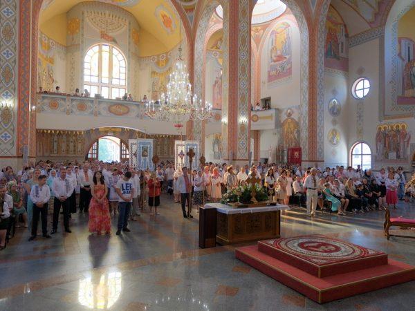 Святкування храмового празника у Катедральному соборі м. Коломиї (відео)