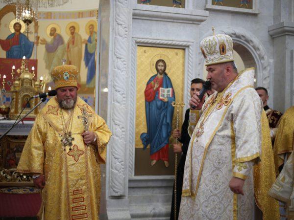 У Зарваниці відслужили подячну Святу Літургію з нагоди потрійного ювілею митрополита Василія