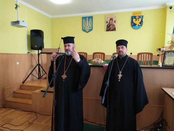 Єпископ Коломийський привітав працівників сільського господарства