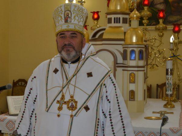 """""""Поки свічка мого життя горить, я маю світити, а не диміти"""", — владика Василій Івасюк."""