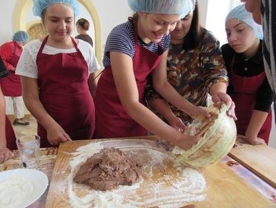 """""""Карітас Коломиї"""" просить допомогти в обладнанні кухні благодійної їдальні"""