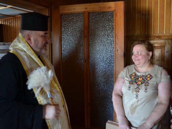 Владика Василь Івасюк освятив дитячий будинок сімейного типу
