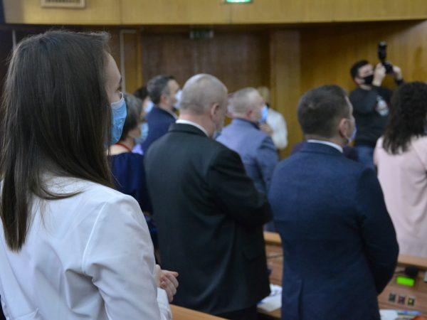 Відбулася перша сесія новообраної Івано-Франківської облради