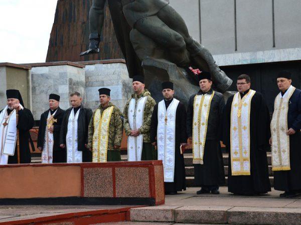 Владика Василій взяв участь в урочистостях з нагоди Дня Примирення
