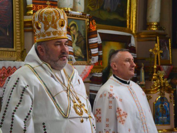 У Світлий Вівторок Владика Василій молився в с. Сопів