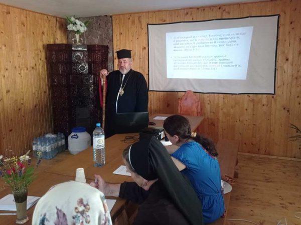 У Коломийській єпархії завершились формаційні курси для катехитів