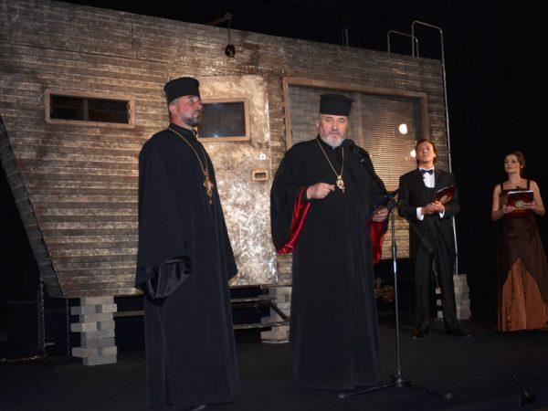 Владика Василій взяв участь у відкритті ХХІІ Всеукраїнського Театрального Фестивалю «Коломийські представлення»